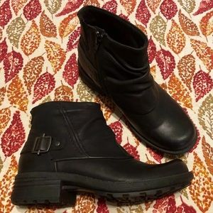 Earth Origins Leather Zip Ankle Boot 7.5 M
